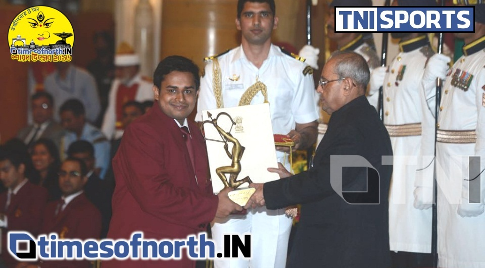 SOUMYAJIT RECEIVED THE ARJUNA AWARD AT RASTRAPATI BHAWAN TODAY