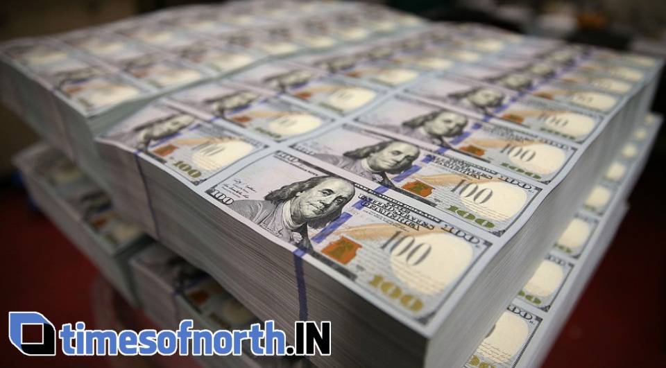 DOLLAR LOWER AGAINST YEN, POUND TOUCHES 5-YEAR HIGHS