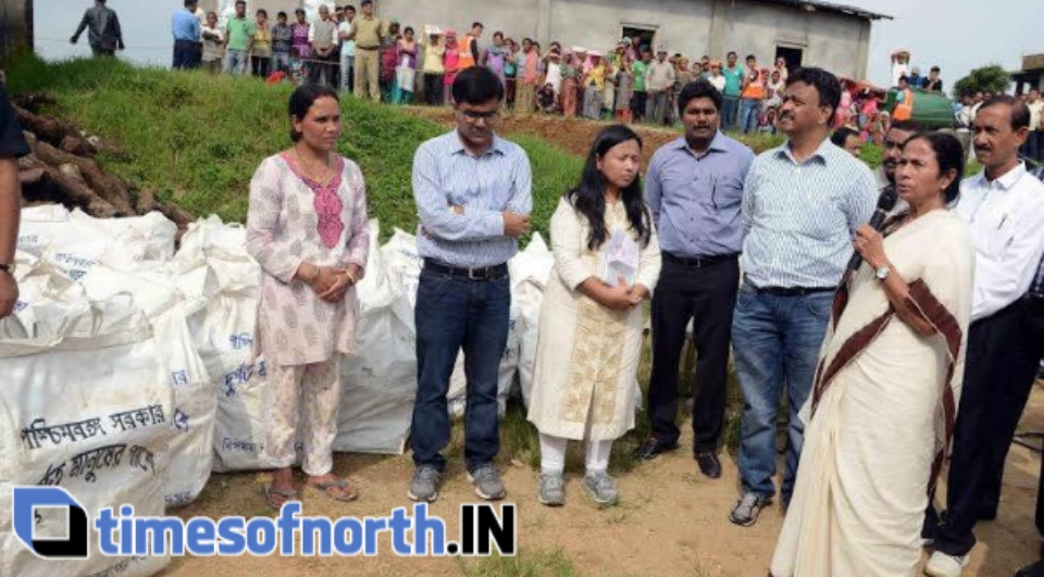 CHIEF MINISTER REACHES MULTIPLE LANDSIDE AFFECTED HILLS FOR RELIEFCHIEF MINISTER REACHES MULTIPLE LANDSIDE AFFECTED HILLS FOR RELIEF