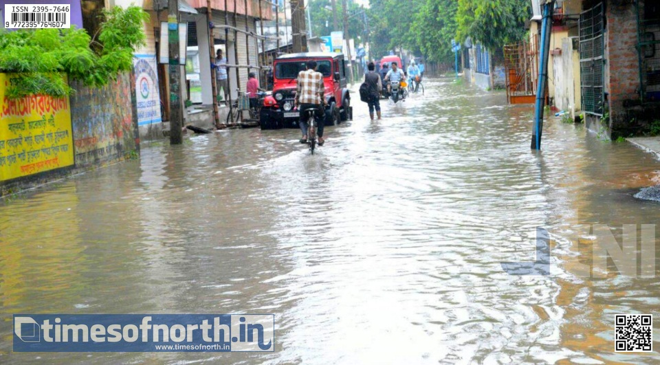 Balurghat Flood Situation Gradually Worsening, Residents Fuming [VIDEO]