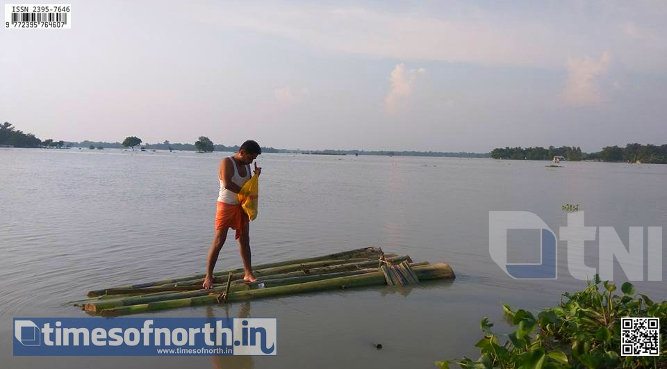 Rains Stopped but Tufanganj Suffers in Water After Lash [VIDEO]