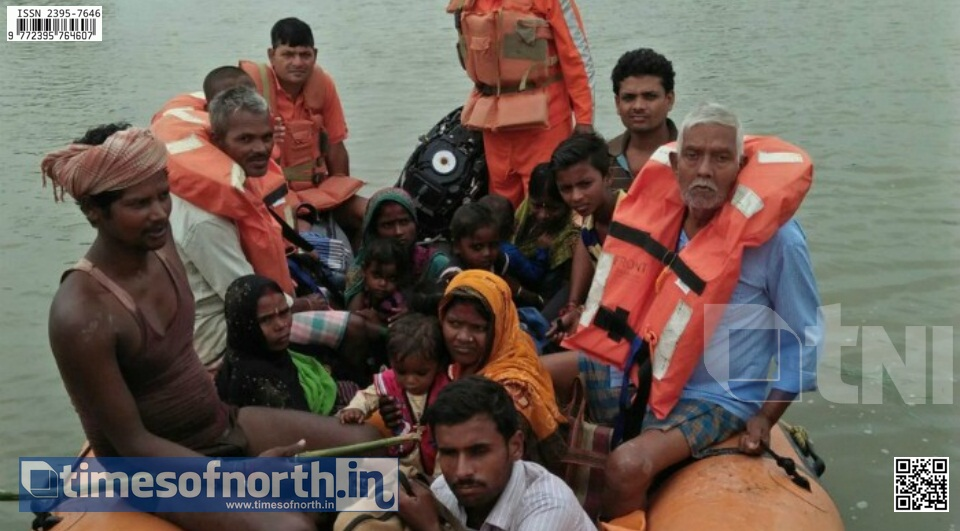 3 Idiots at Harirampur, Women Delivers Child on Speedboat During Flood